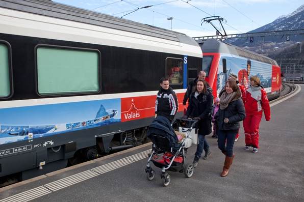 Snowtrain to the Valais