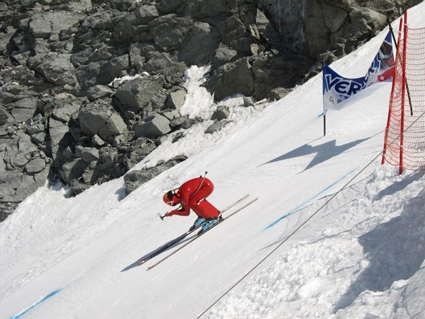 Speed skier setting off from the start of the piste on the Mont-Fort