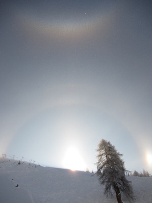 Strange optical effects seen above Les Ruinettes, Verbier